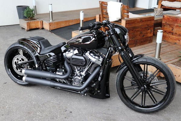 Harley-Davidson Breakout 114 2020 (Style: Black Series)